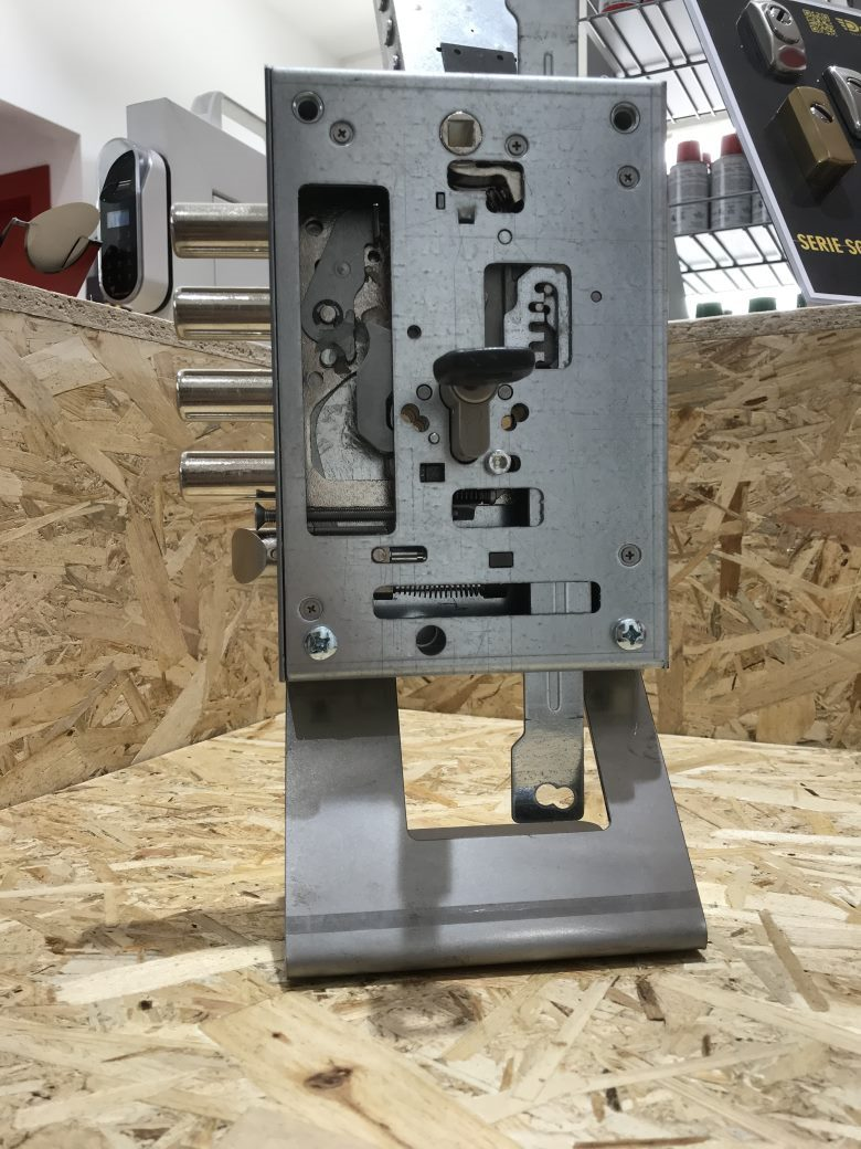 serratura a cilindro 5-link